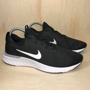 NEW Nike Odyssey React Black and White